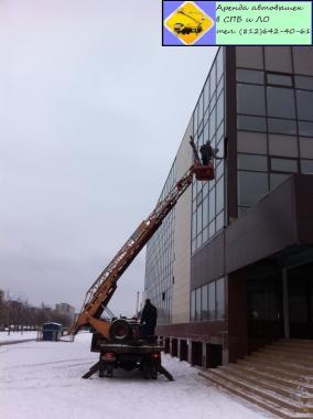 Ремонт фасада здания Аренда автовышки (812) 642-40-61